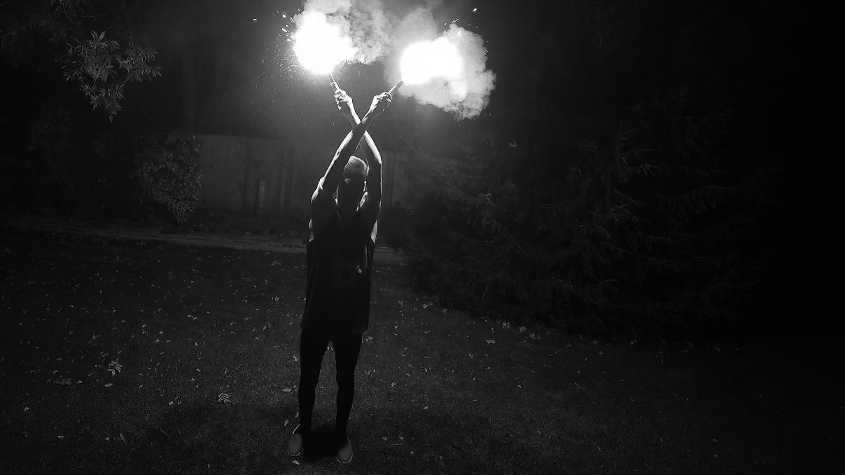 Louis Sellers flares