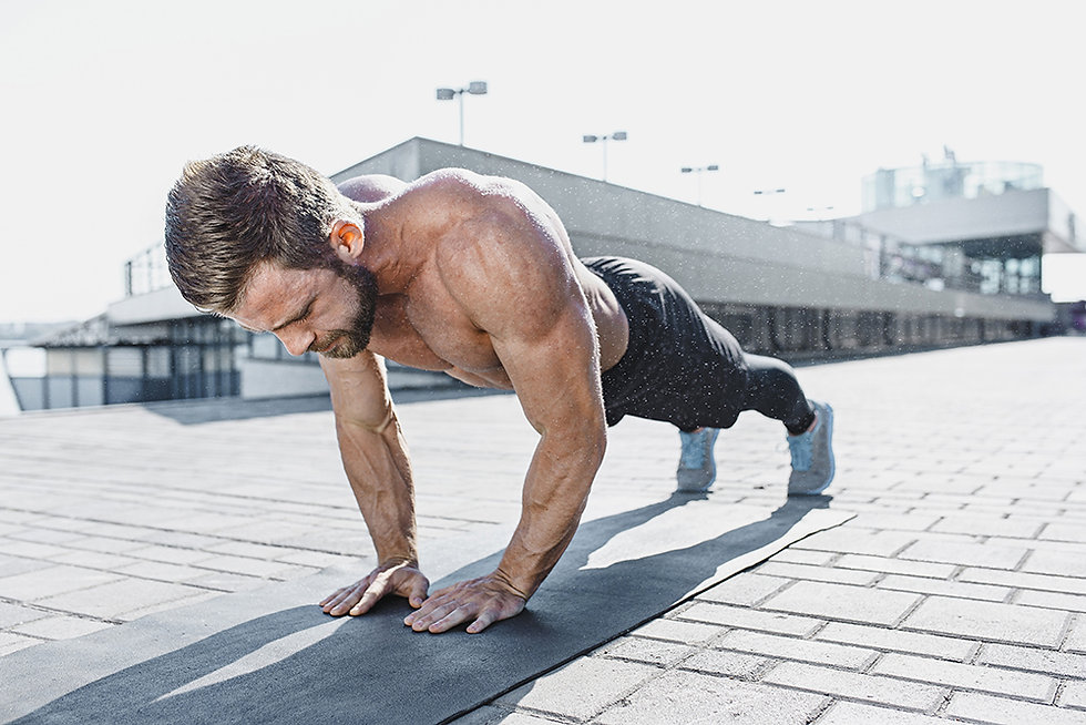fit-fitness-man-doing-fitness-exercises-