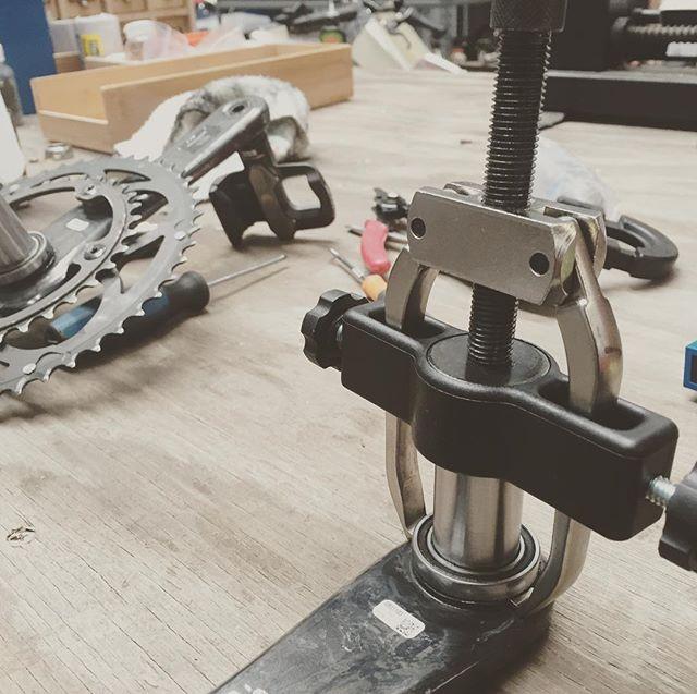 #Campagnolo bearing puller