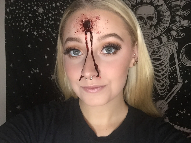 Special effects makeup for beginners: bullet hole wound