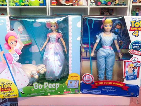 Bo Peep Unboxing - Toy Story Signature Collection & Interactive Talking Friends!