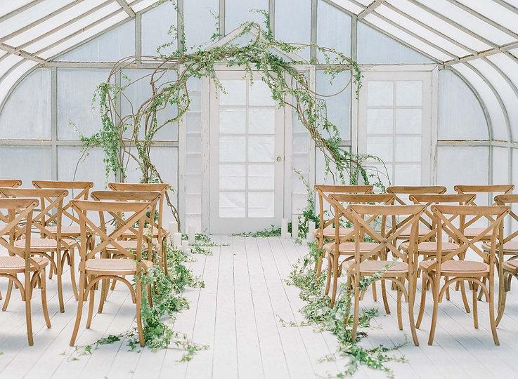 Ruffled Blog: Modern Indoor Garden Wedding