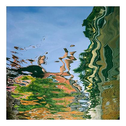 reflet dans le canal