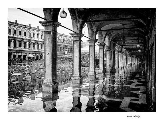 acqua alta sous les arcades