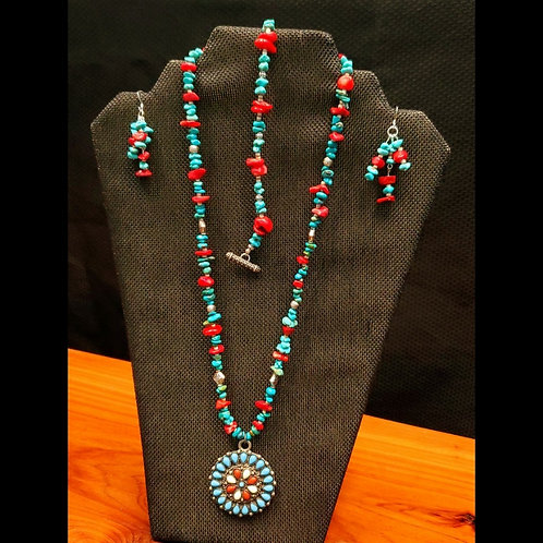 UNIQUE BEADS: Turquoise And Coral With Howlite Pendant