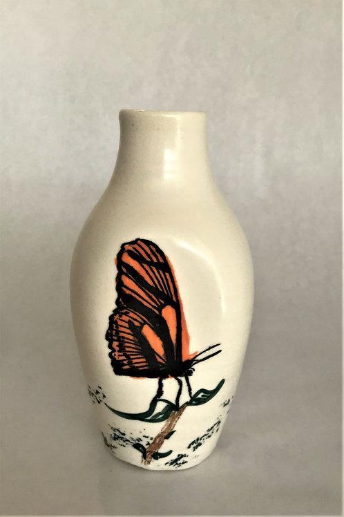 MONARCH: Monarch Vase