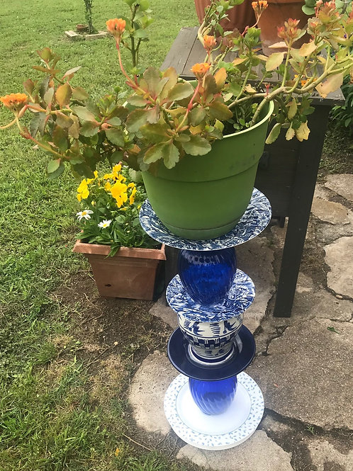CONVERSATION PIECES BY DEB: Cobalt blue and white plant stand/bird feeder