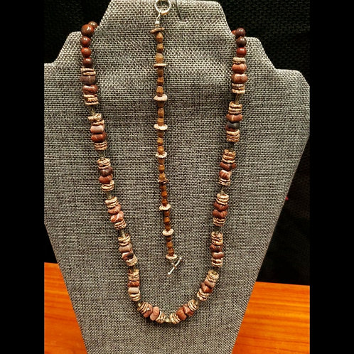 UNIQUE BEADS: Red Marble And Heishi Bead Necklace