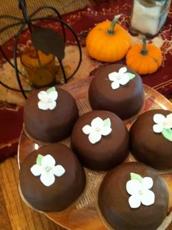 Cream Filled Mini Cakes.png