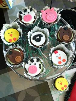 Barnyard Cupcakes.png