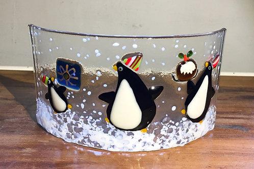 Penguin Christmas Party Curve