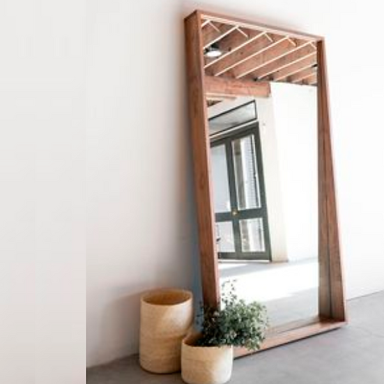 Crof Ayna