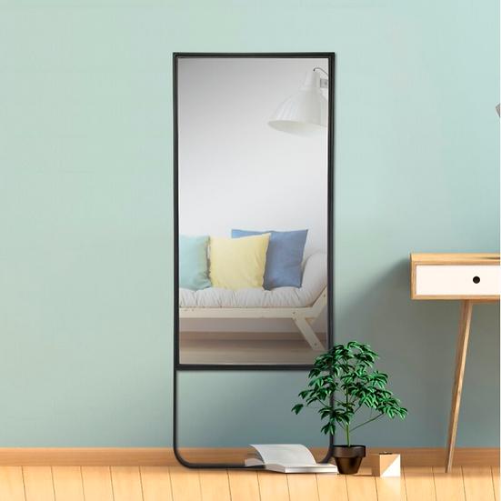 Lesy Ayna