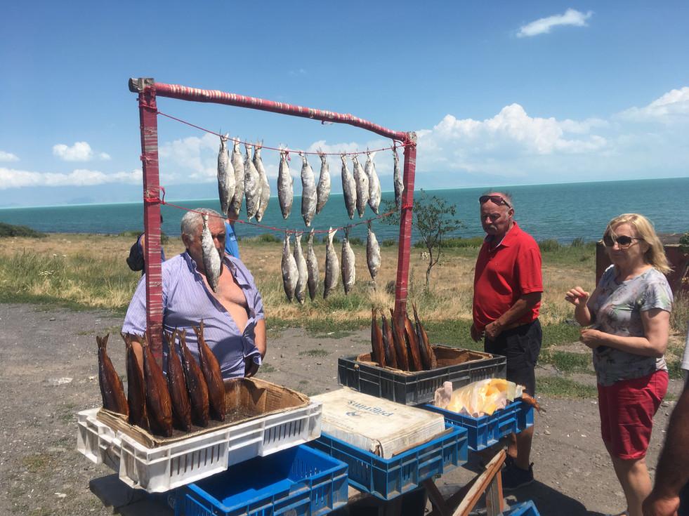 Halárus a Szevan-tó partján, Örményország