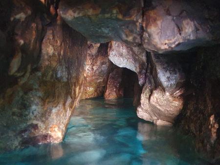 Grotta delle Ancore - belső.jpg