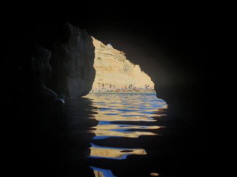 Grotta delle Ancore - stranddal.jpg
