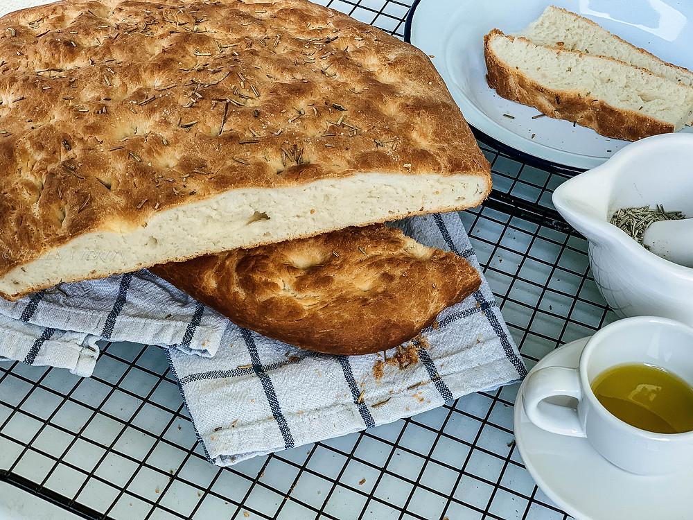 focaccia, rosemary, olive oil, homemade foof, bread, italian cuisine, italian food, helenine čarovnije, dough