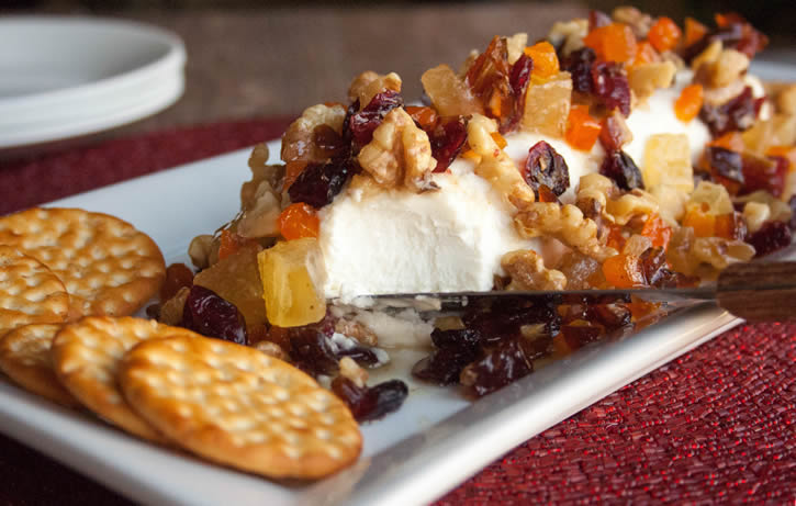HoneyKist w/ Goat Cheese, Dried Fruit & Nuts