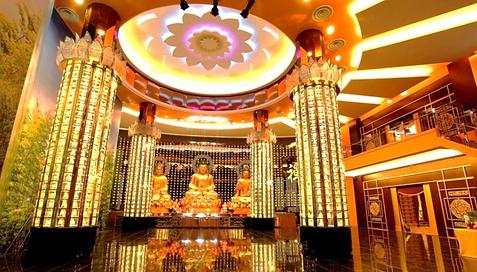 Nirvana Singapore Three Buddha Praying Hall