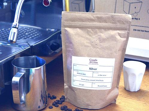 Silver Medium Dark roasted coffee (bio-bag)