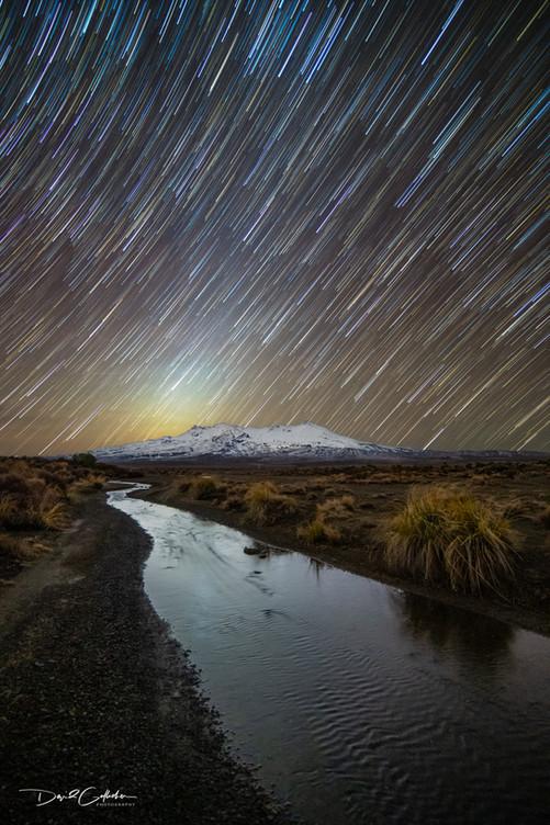 whakpapa star trail-Edit.jpg