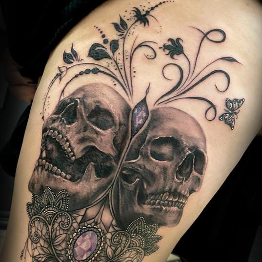 xtina skulls.jpg