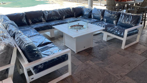 EDGE Sectional with Fire Table