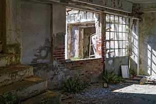 abandoned-abandoned-building-architectur