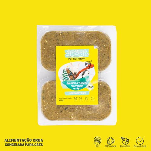 Salmão & Peru biológicos com quinoa, acelga & curcuma