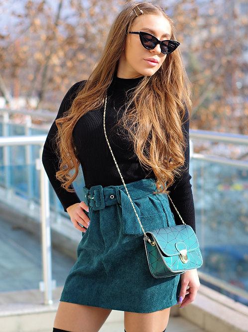 Пола- Green skirt