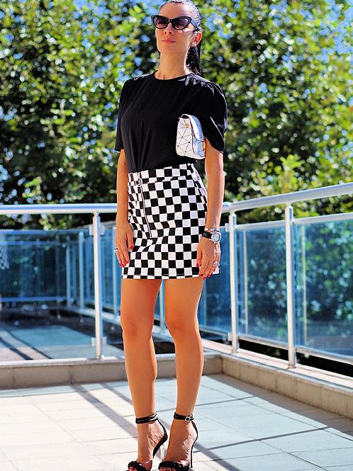 *Пола- Black & White squares