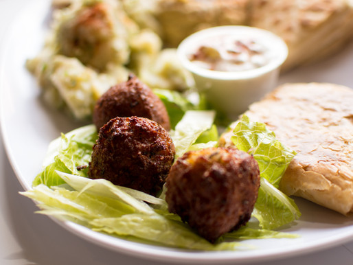 Learning Hebrew While Cooking Falafel