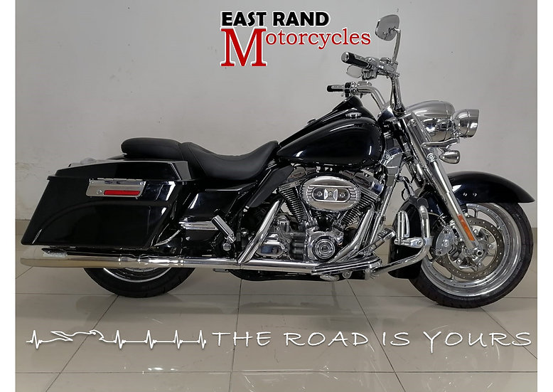 Harley Davidson FLHR-SE4 Road King Screamin Eagle CVO