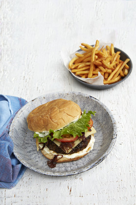 Lunch_Burger_RT_0155.jpg