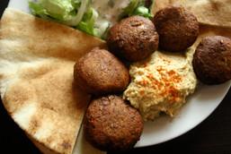 Falafel con pita y hummus