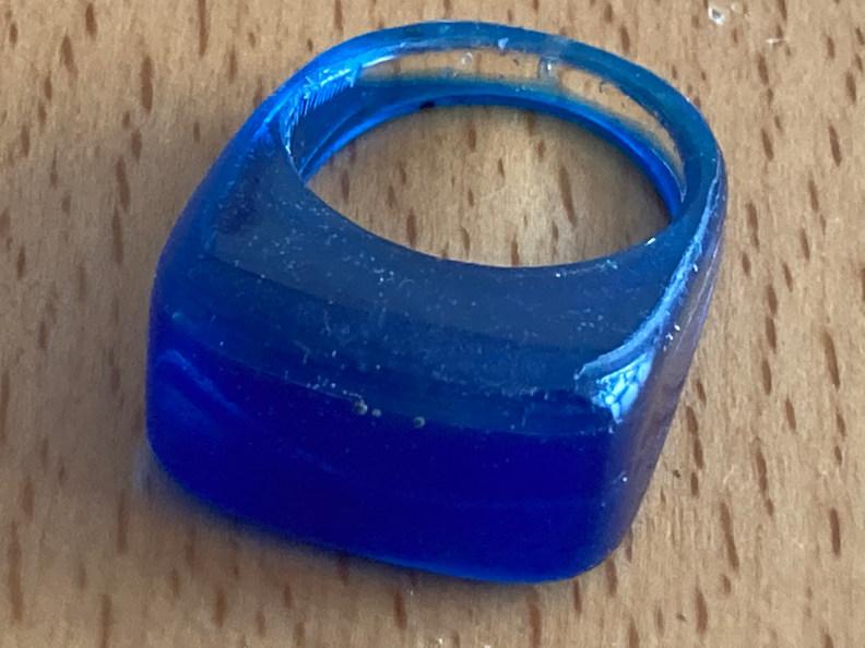 Kunsthars ring