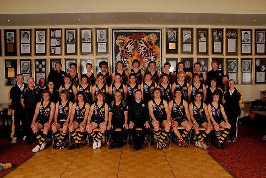 2010-Under-18-Grade-Squad-–-1st-Semi-Fin