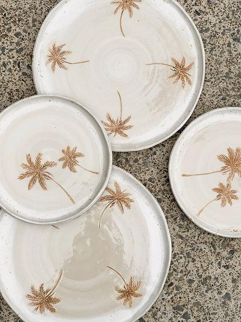 Plantation  plates