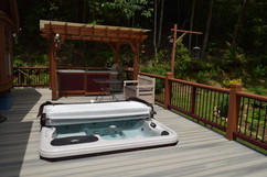 Creekside Paradise Hot Tub.JPG