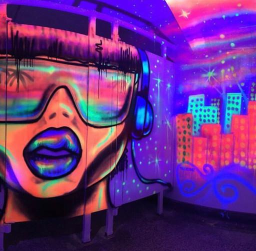 Murale 3 sous lumière ultraviolette - Ba
