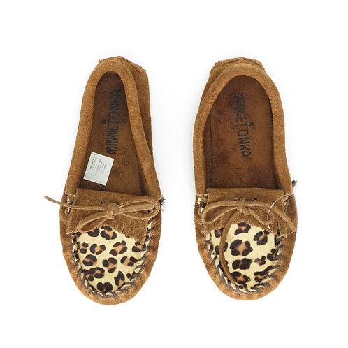 Size 30-31 | Minnetonka| נעלי מוקסינים מנומרות