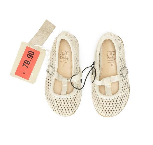 Size 19   ZARA   נעלי בובה אווריריות