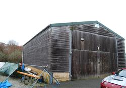 01 port shed 800