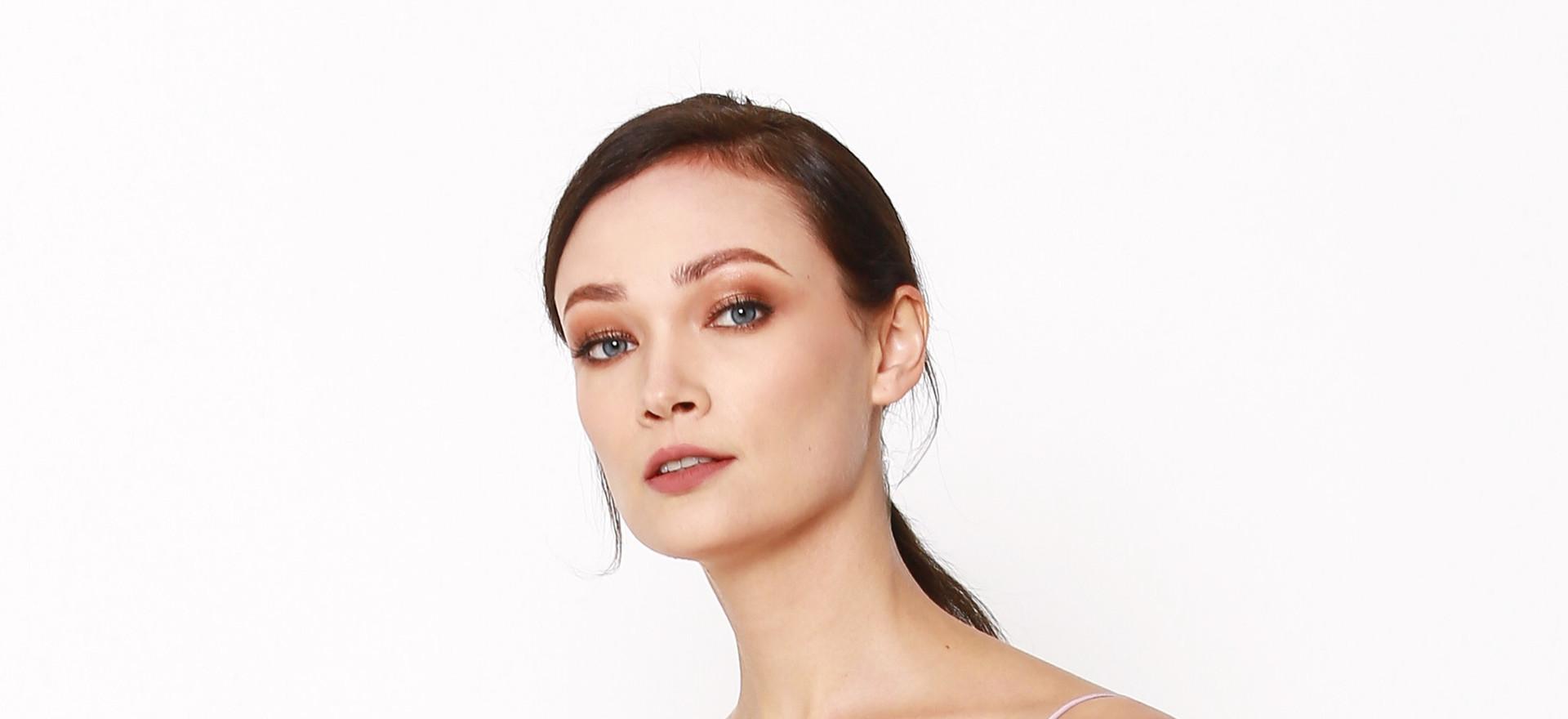 Elena | Catalogue Makeup & Hair