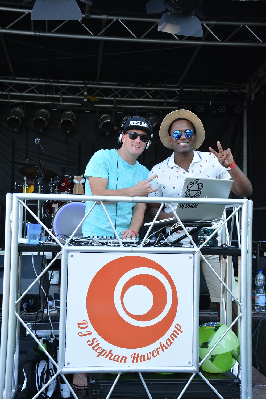 Resident DJ Dave und Francisco Javier