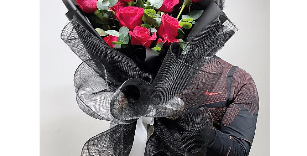 「風雨飄搖 特顯真愛」 肯亞玫塊 情人節花束 紅玫瑰花束
