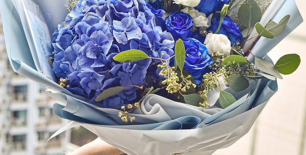 《貴族的祝福 》 情人節花束 藍玫瑰花 生日花 紀念日花 觀塘花店 韓式花藝 flower delivery 網上花店