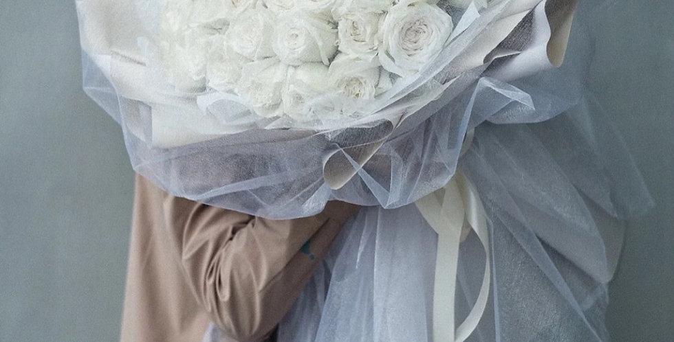 52枝白玫瑰