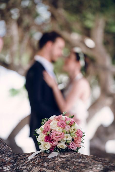 Wedding and prewedding in Santorini  caught by David Brenot