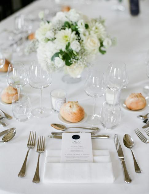 Wedding photo in Chateau d'Azy - l'Empreinte Photography